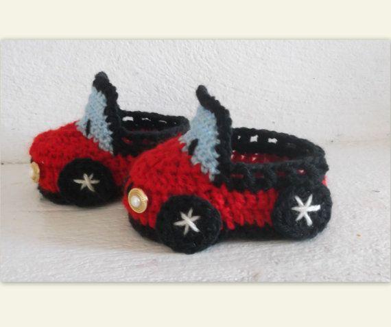 CROCHET PATTERN Baby Boy Boooties Car 4 sizes door AlexHandicrafts