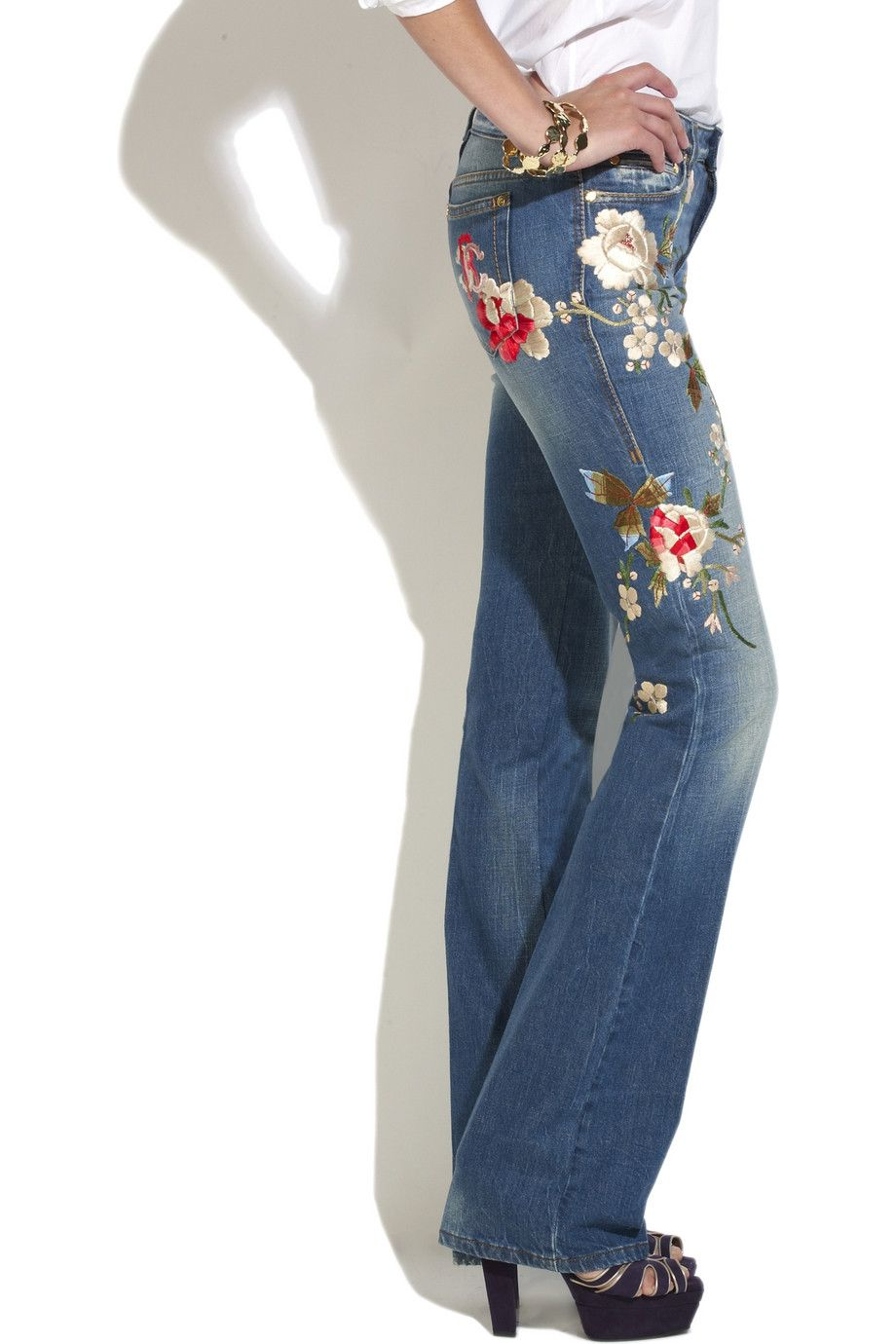 I loves me some embroidered jeans im just a stinky hippie at fitted flare jeans with flower embroidery awful shoes though ccuart Images