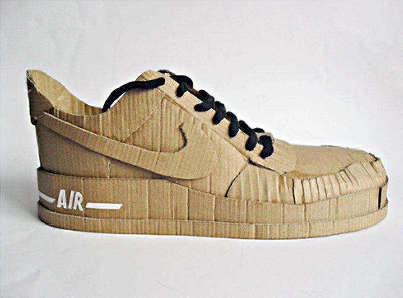 Le sneakers di culto scarpe in cartone di Chris Anderson