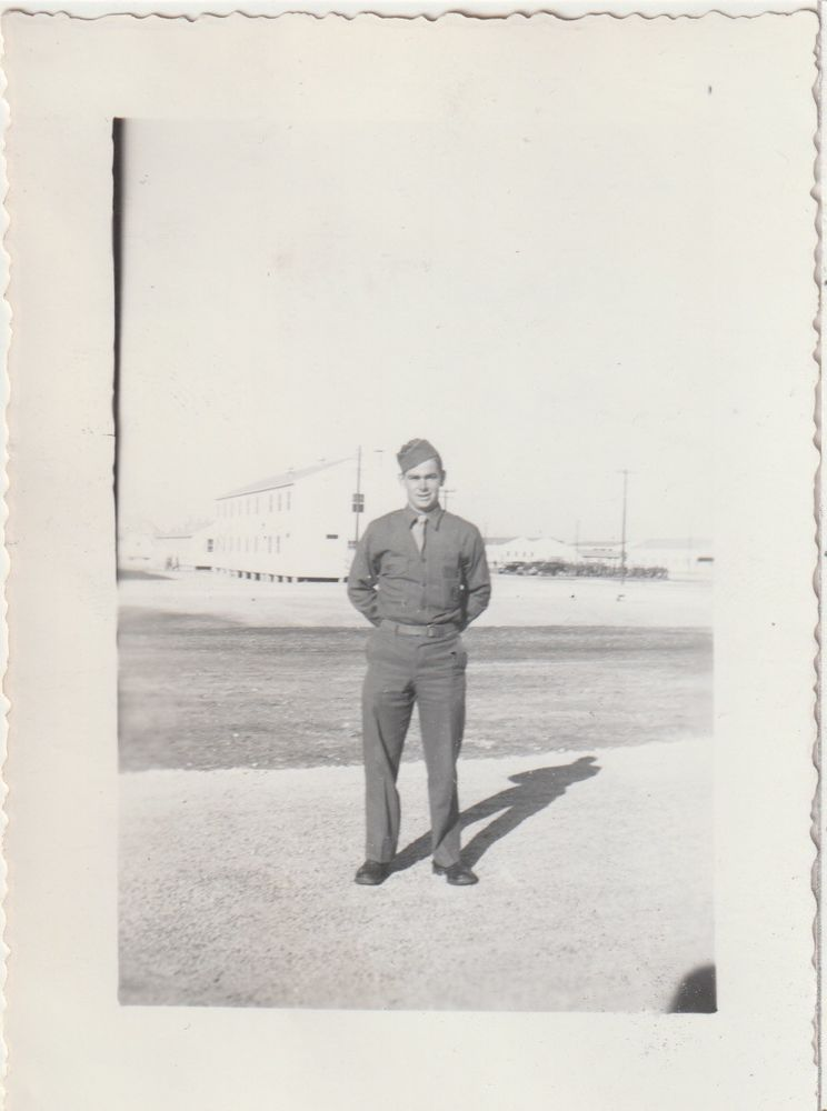 Soldier Posing In Front Of Barracks Camp Hood Tx Vintage Amateur B W Photo C 463