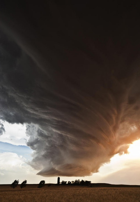Holy sh-t! Epic tornado picture.  #storm