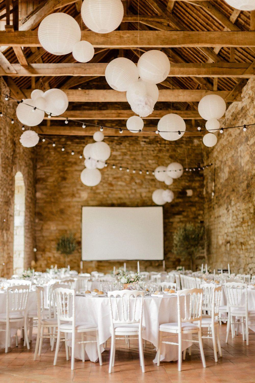 Elegance En Bretagne Majenia Design Deco Plafond Mariage Deco Mariage Bois Deco Mariage Champetre