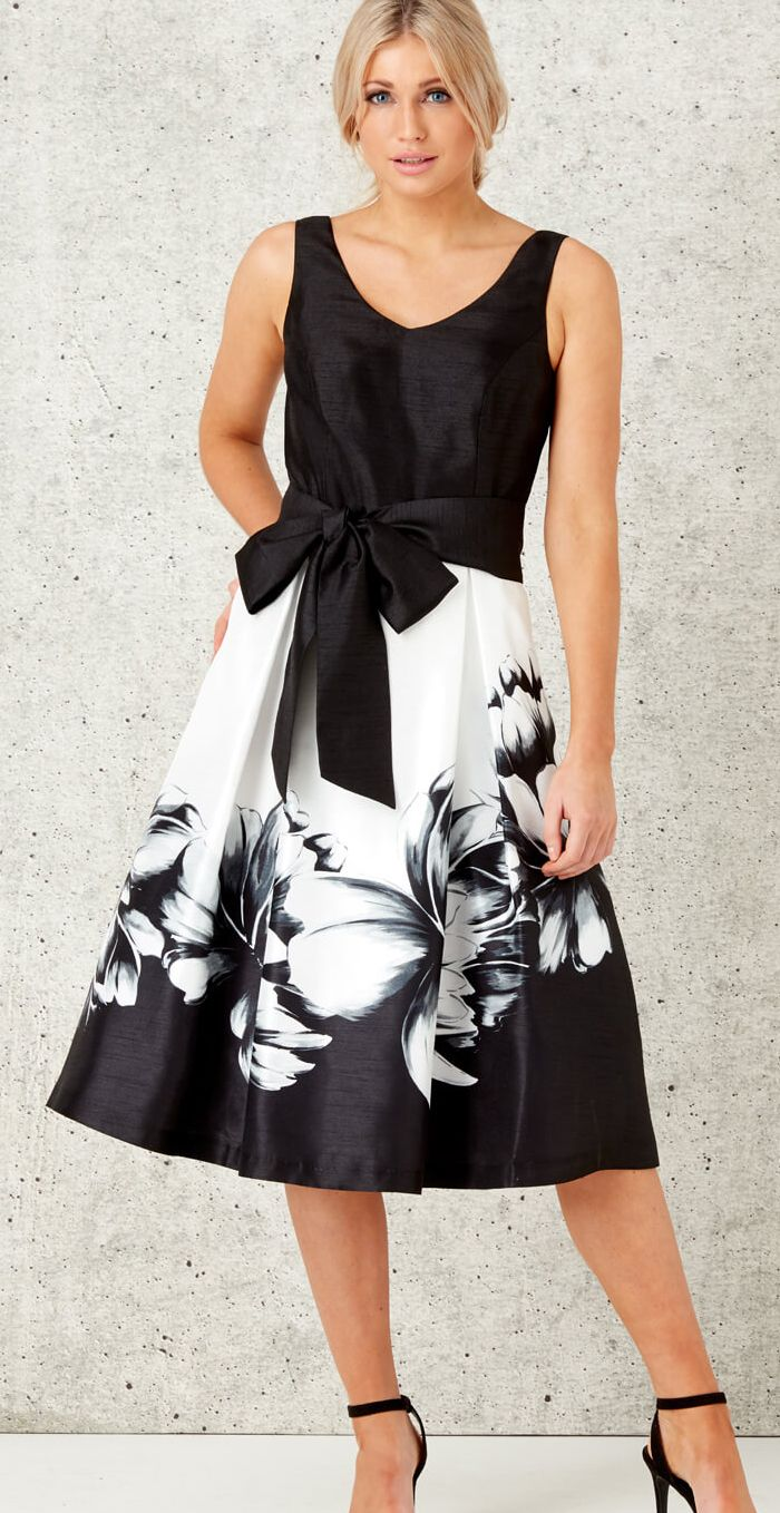 Black and White Monochrome Floral Dress. Fit's the Royal