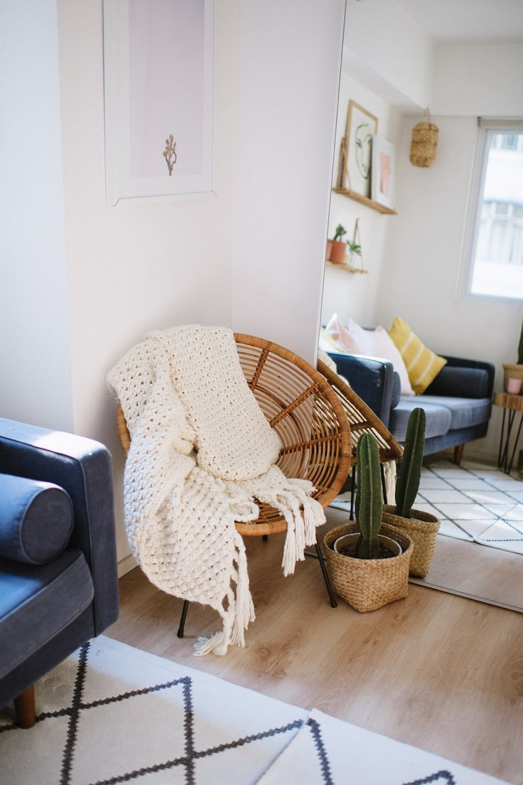 How To Make Your Tiny Living Space Look (And Feel) Huge | Flats ...