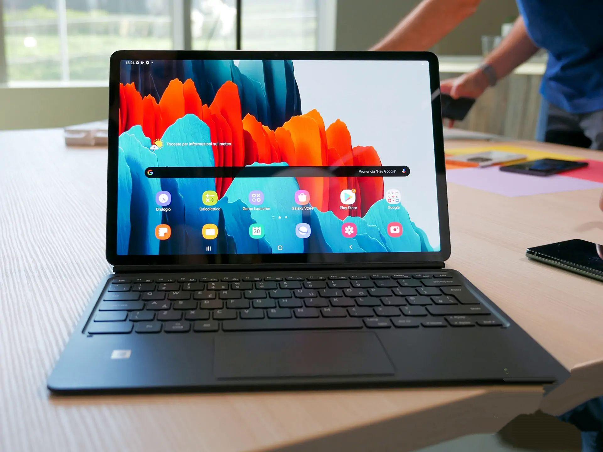 Les Tablettes Samsung Galaxy Tab S7 Et S7 Arrivent Avec Un Design Et Des Specifications Au Top En 2020 Tablette Samsung Galaxy Samsung Galaxy