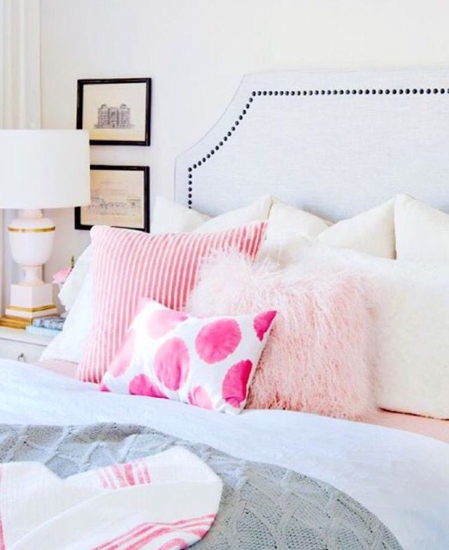 New bedroom with pink accents MY NEW HOME Pinterest Pink