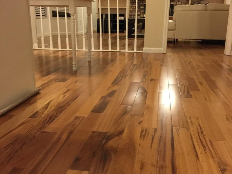 A Not So Average Floor That Ll Stand Up Year After Year To Life S Everyday Demands The Distinctive Orange Colo Flooring Lumber Liquidators Flooring Hardwood