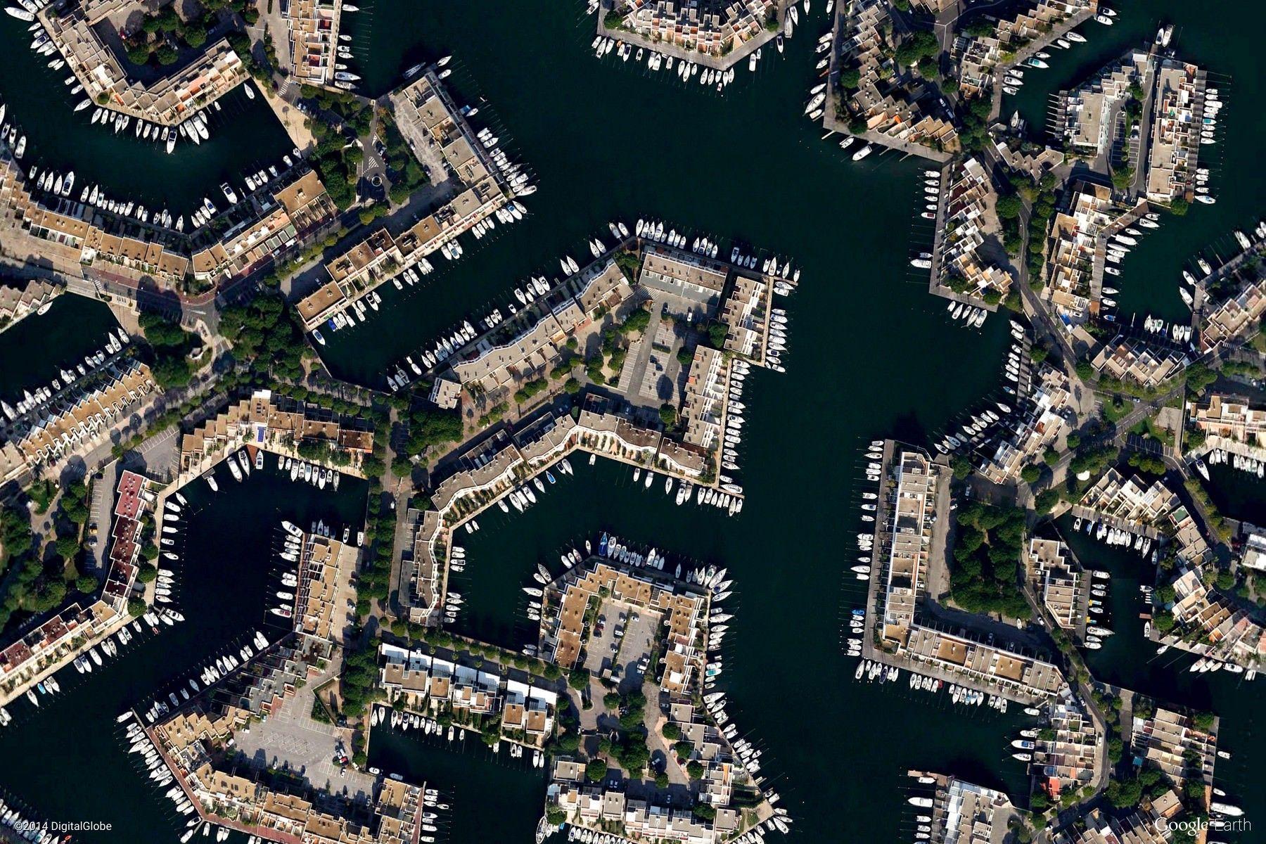 Le Grau Du Roi France Urban Pattern Google Earth View 2444 Earth View Google Earth View Google Earth