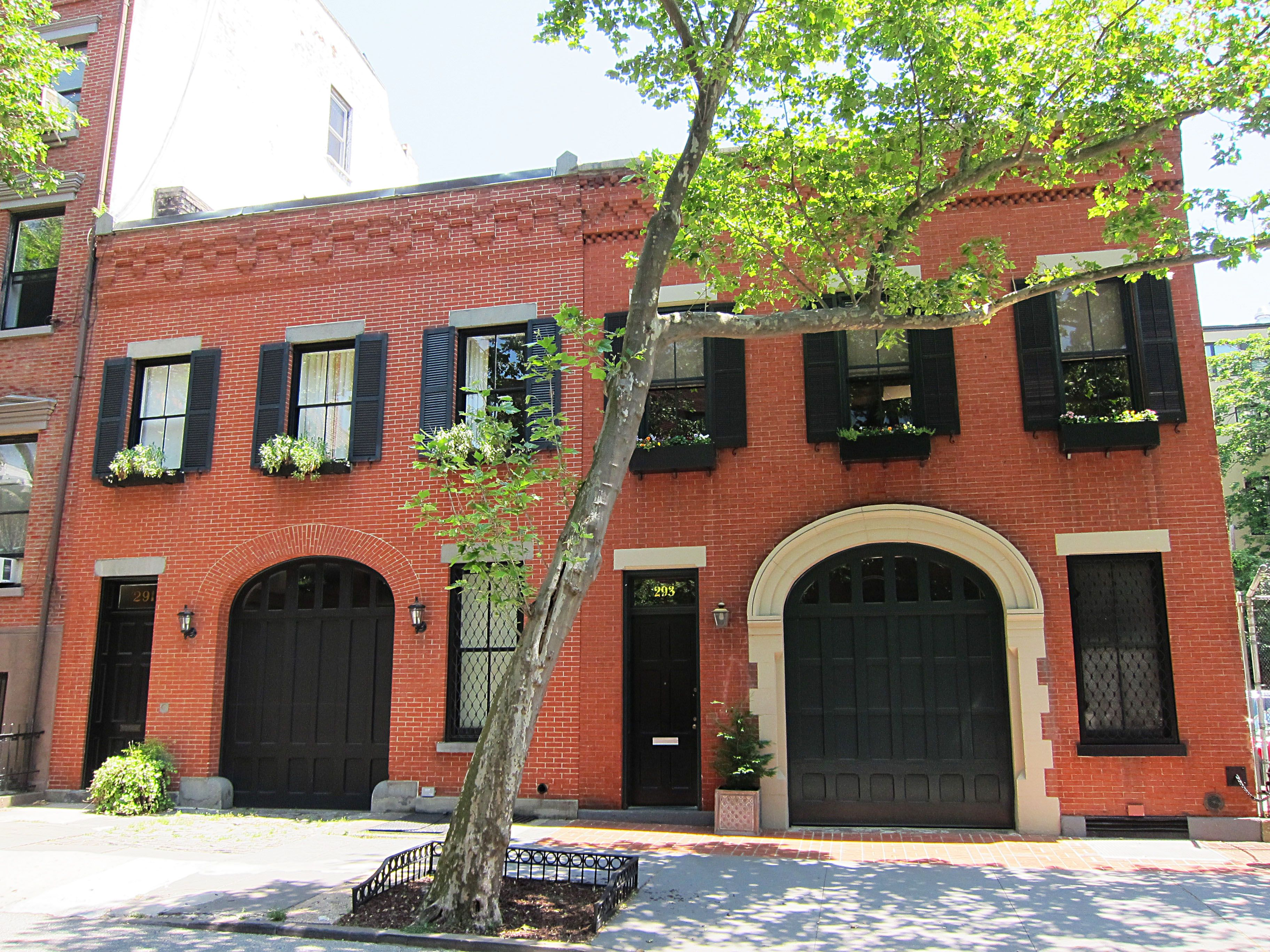Carriage Houses At 291 And 293 Hicks Street In Brooklyn