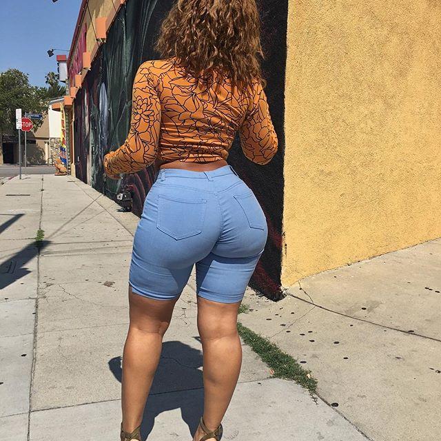 Big Ass Latina Dildo Squirt