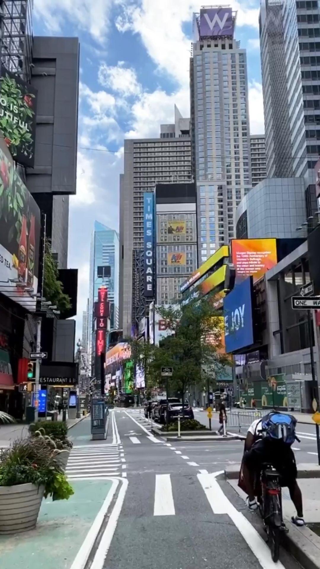 discover.n.y.c on Instagram: Biking through Times Square ✨ 🎥@nyclive #timessquare #nyc #newyork #newyorkcity #manhattan #newyorknewyork #nycphotography #newyorker…