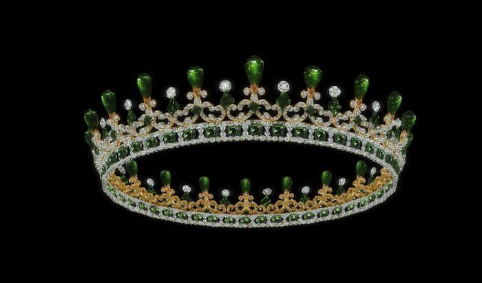 Queen Victoria S Emerald And Diamond Tiara Designed By