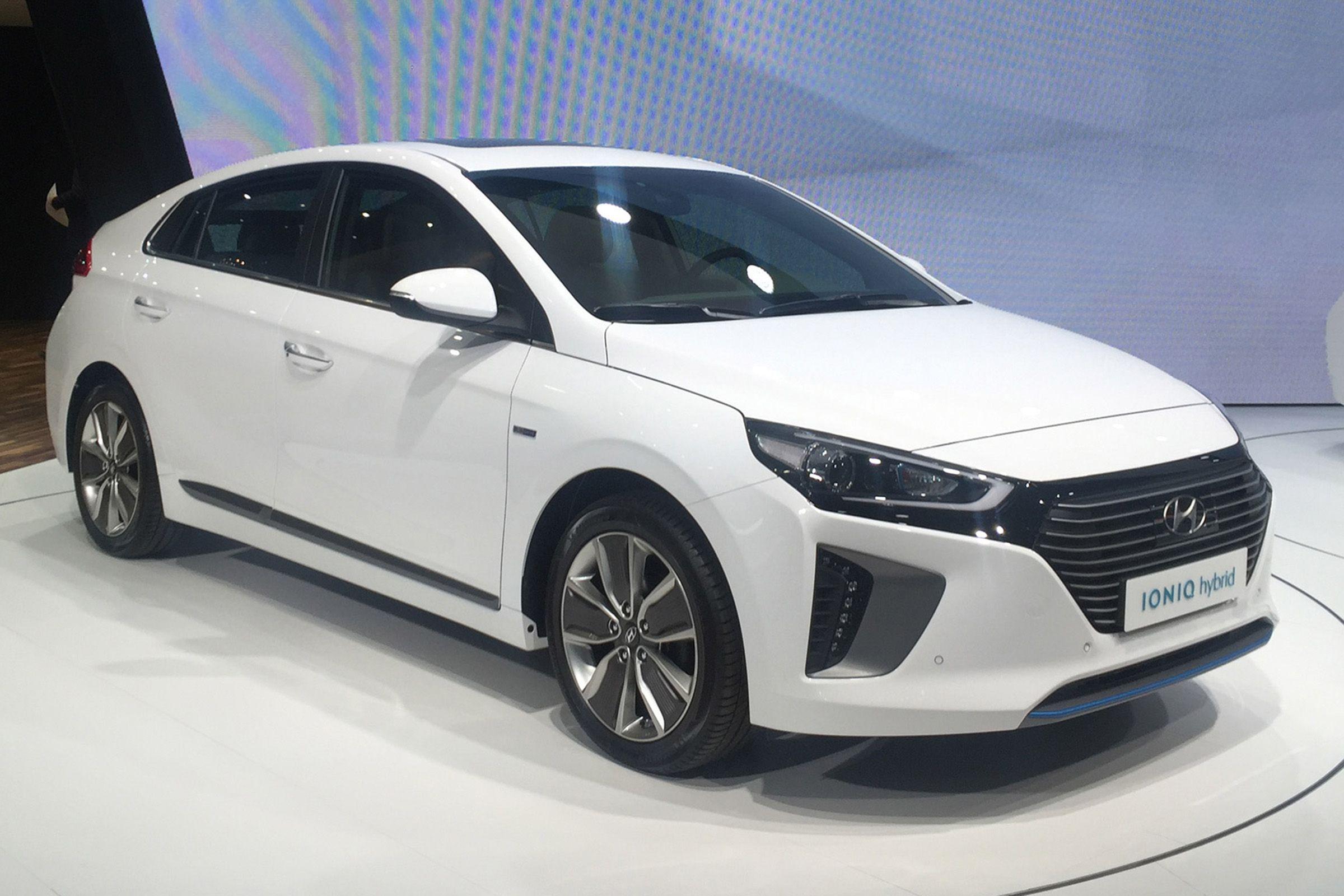 New Hyundai Ioniq 2016 Full Uk Pricing And Specs Announced Auto Express