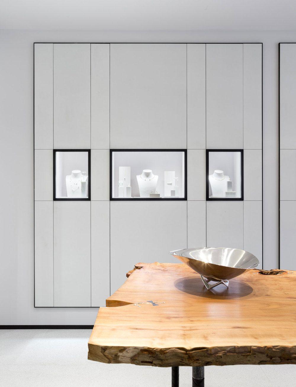 David Thulstrup Designs Symmetrical Space For Georg Jensen: David Thulstrup Designs Symmetrical Space For Georg Jensen