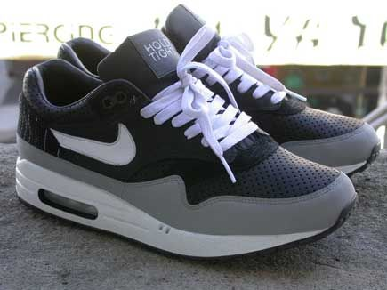 on sale d4b16 031e0 NIKE AIR MAX 1 (HOLD TIGHT - BEN DRURY)