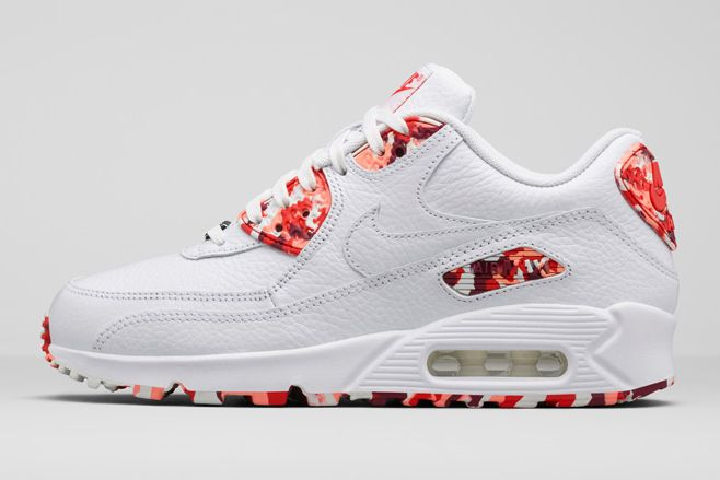 Cheap Nike's Air Max 1 Ultra 2.0 Reworks Hatfield's Original Design
