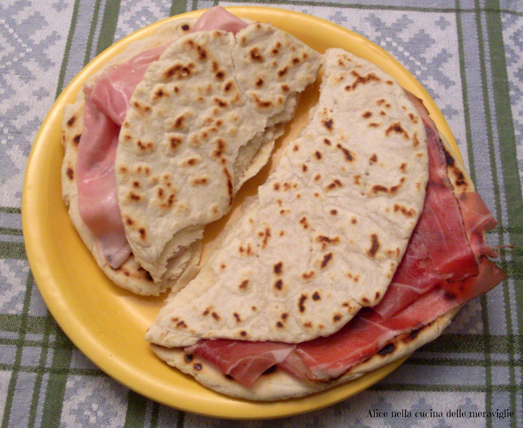Alice Ricetta Tortillas.Piadina Fatta In Casa Ricetta Base Salata Alice Nella Cucina Delle Meraviglie Ricette Idee Alimentari Pasti Italiani