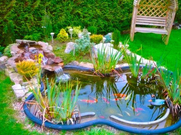Schönen Gartenteich anlegen u2013 Gestalten Sie einen Wassergarten - gemusegarten anlegen pflanzplan