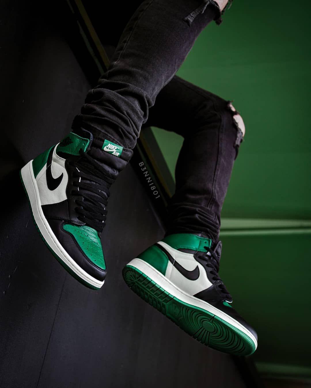 Nike Air Jordan I Pine Green Sneakers Men Fashion Sneakers Hot Sneakers