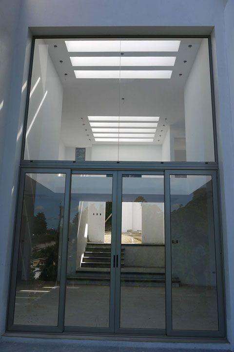 Beneficios de una ventana de aluminio en guatemala y el for Ventanales de aluminio zona sur