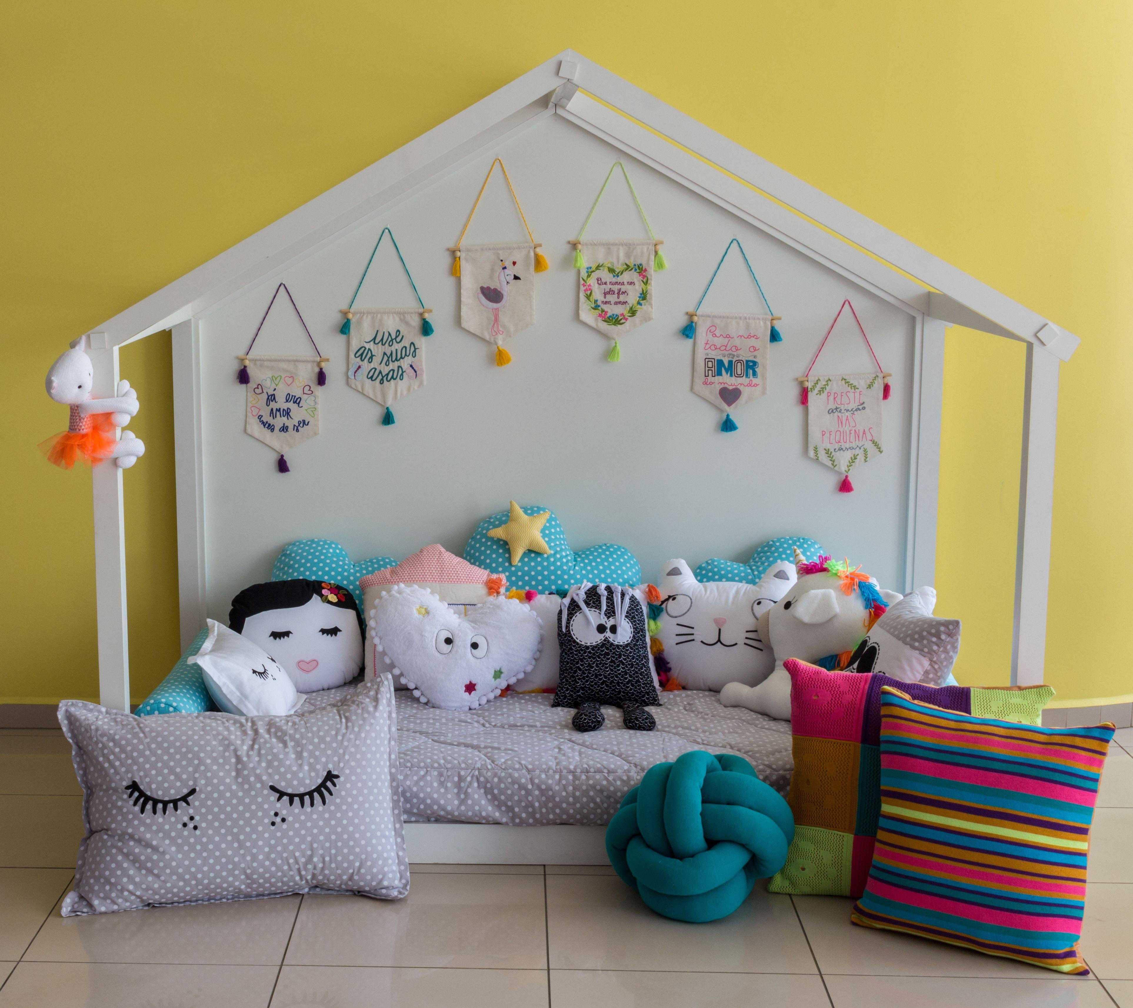 O Enxoval Para Cama Montessoriana Super Criativo Com Ideias  ~ Desenhos Para Fazer Na Parede Do Quarto Feminino