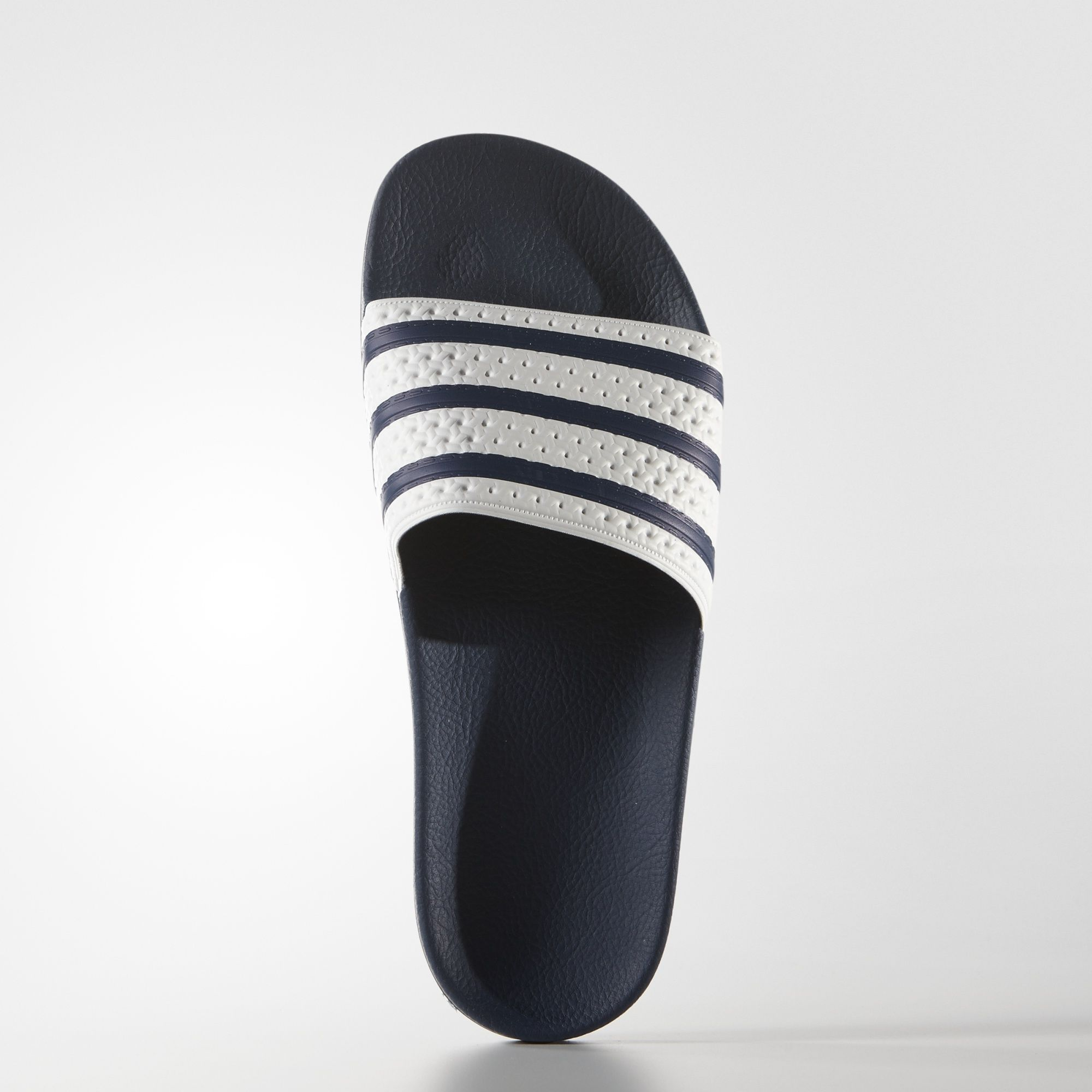 the latest aebe1 331a0 adidas - adilette Slides
