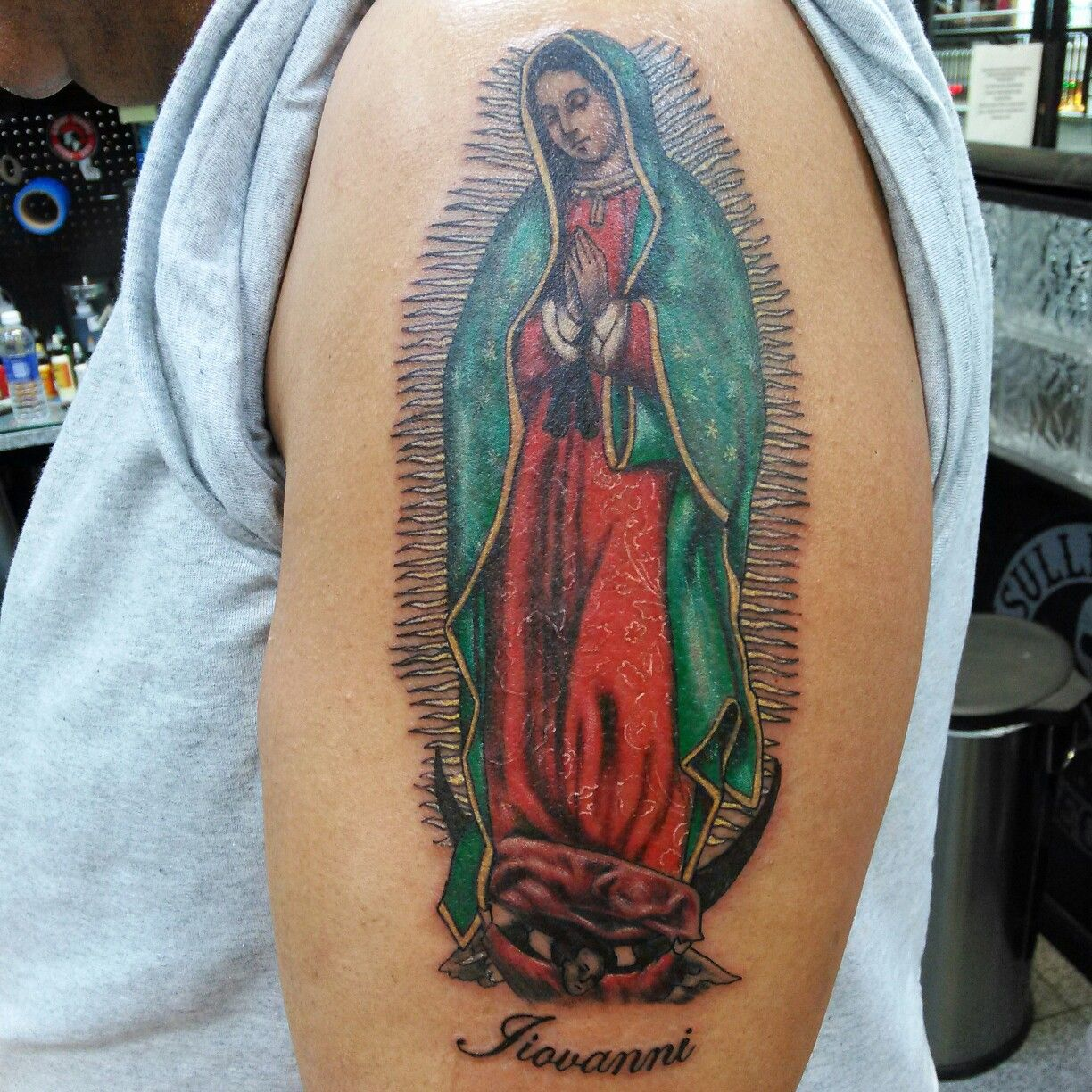 Virgen de guadalupe color tattoo tattoos by me for Virgen de guadalupe tattoo