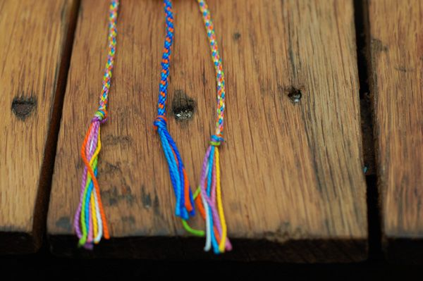 love this blog! {a case of the mundays}  diy bracelet tutorial