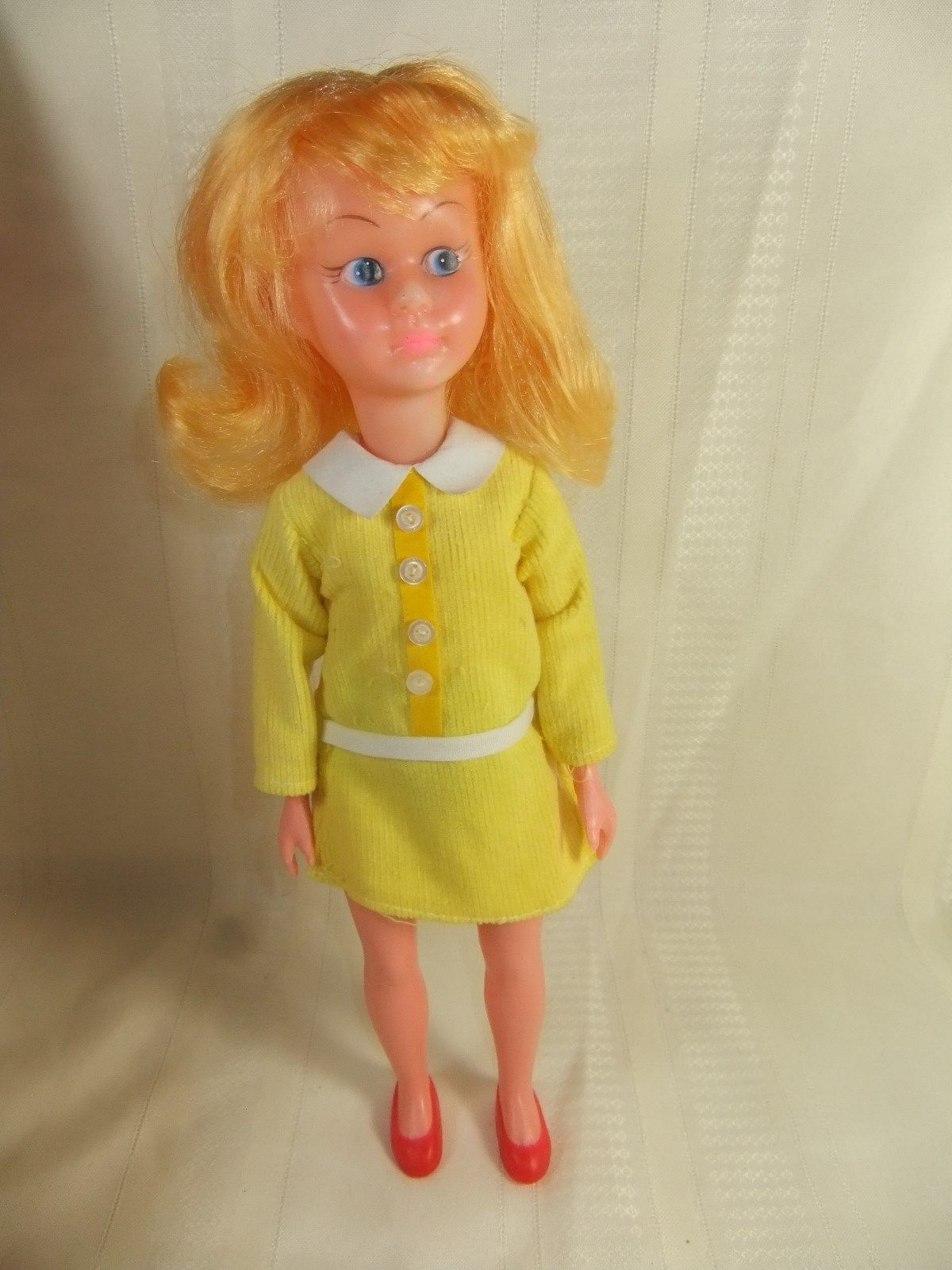 "VINTAGE 1960's DEBBIE 12"" DOLL w/BOX HONG KONG Bendable"