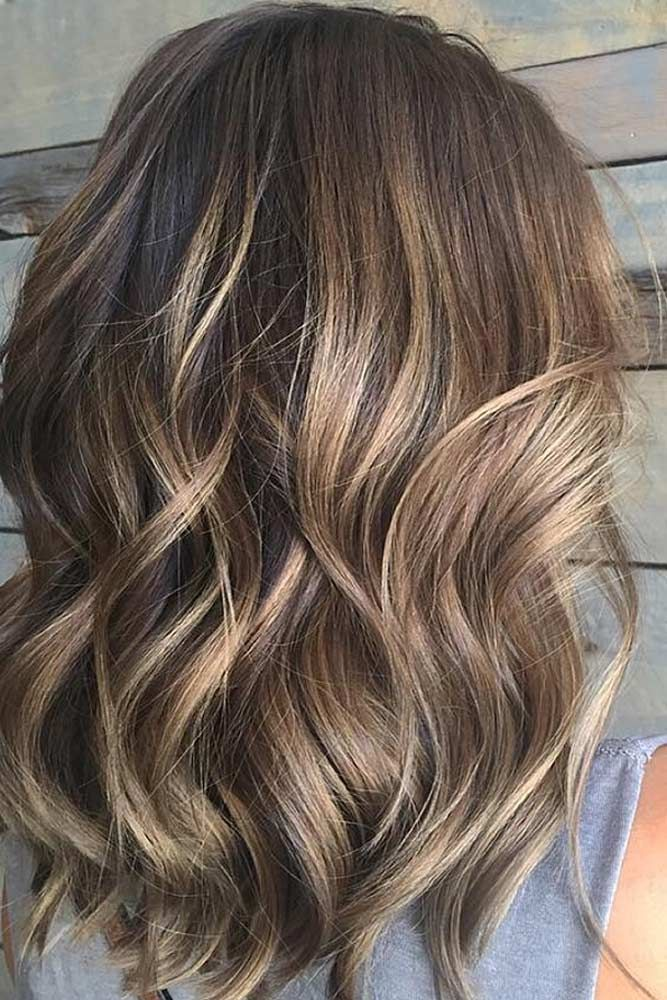 Medium Length Hairstyles To Look Unique Every Day Glaminati Hair Styles Hair Color Guide Balayage Brunette