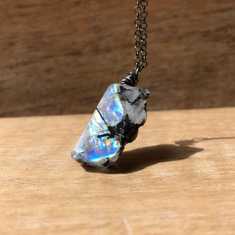 Moonstone unisex pendant.