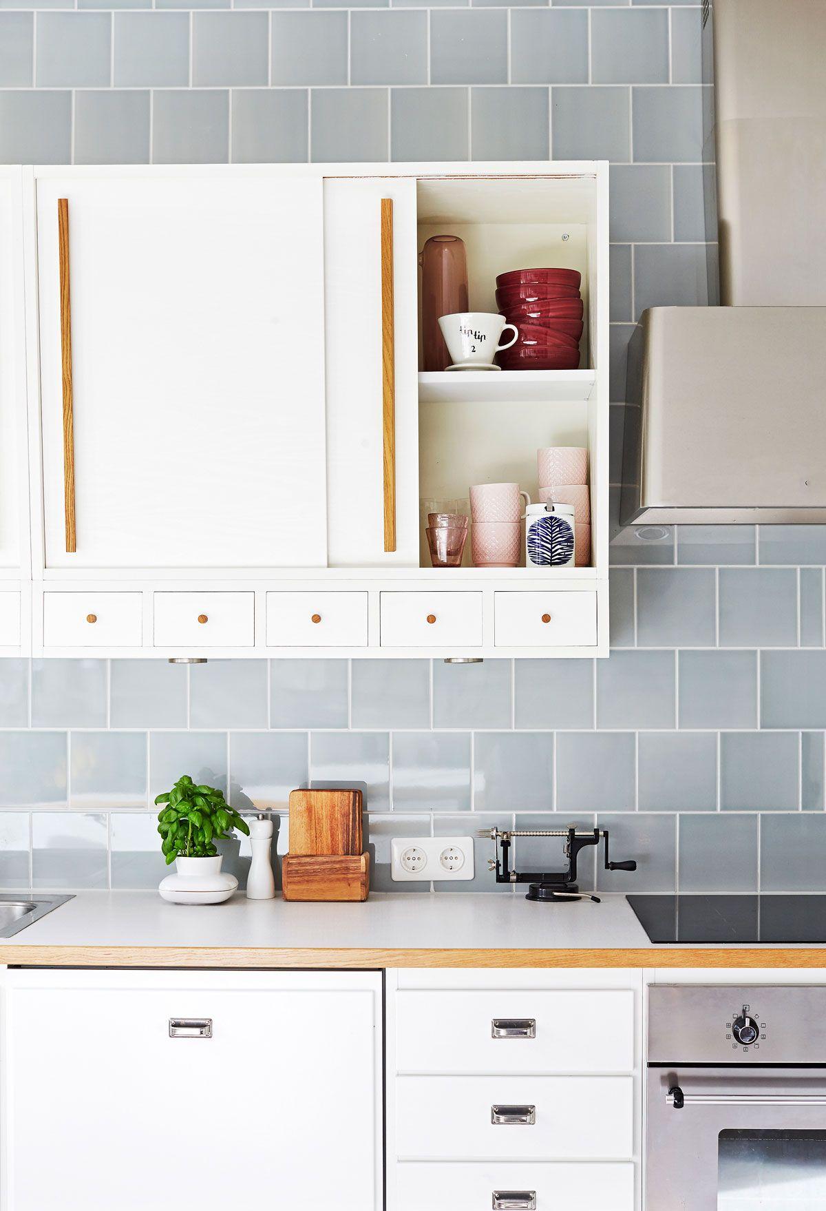grey tiles in kitchen with 50 s style photo päivi anita ristell