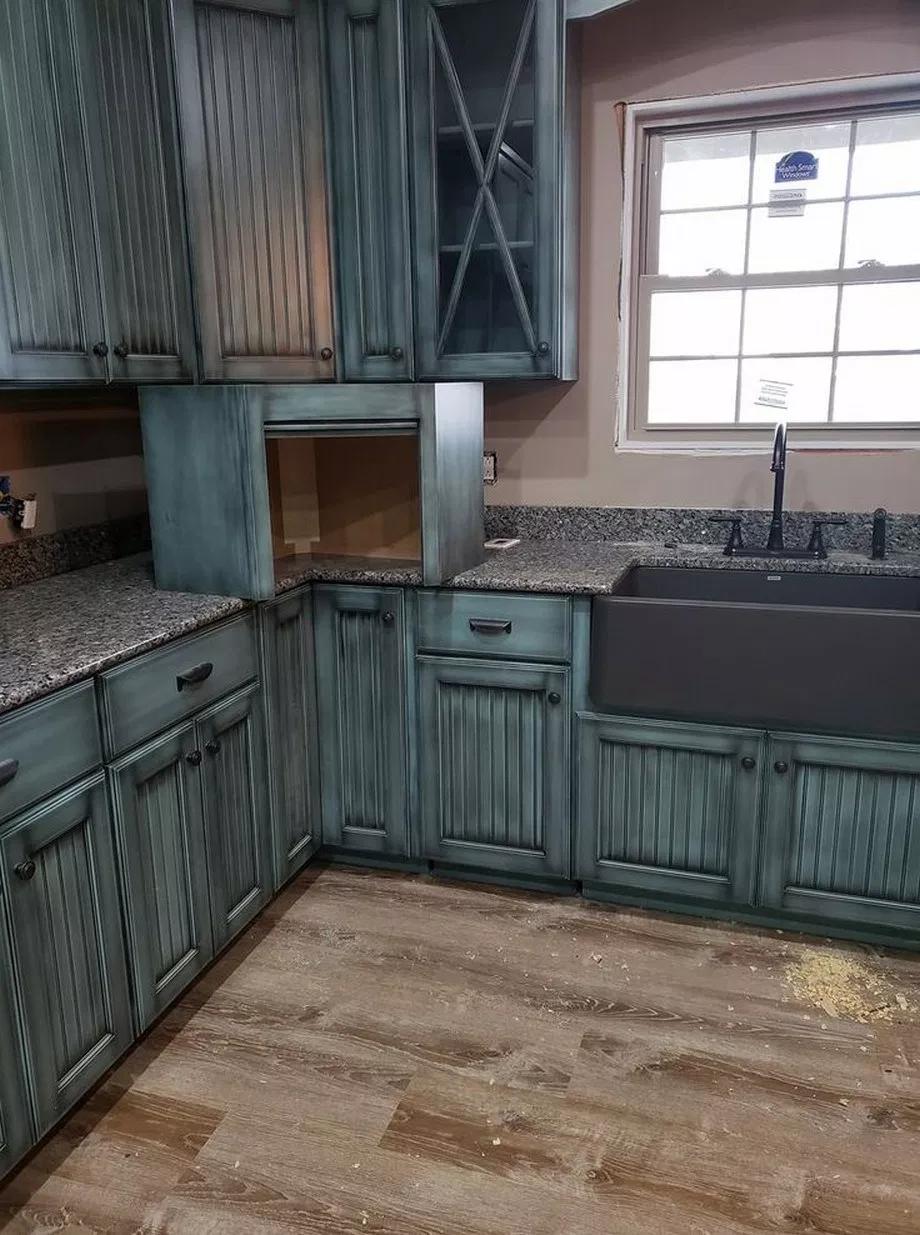 34 Classy Rustic Home Decor Ideas Rustichomedecorideas Rustichomedecor Homedecorideas Tendollarbux Com Rustic Kitchen Cabinets Rustic Kitchen Rustic House