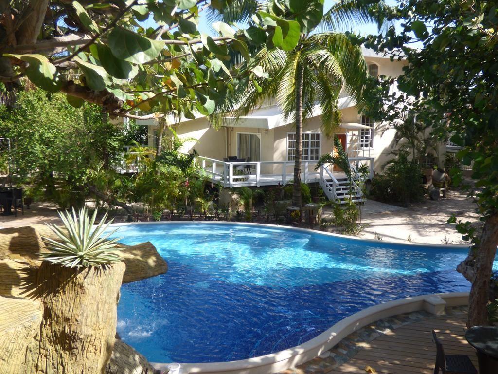 Paradise Beach Hotel West Bay Honduras Booking