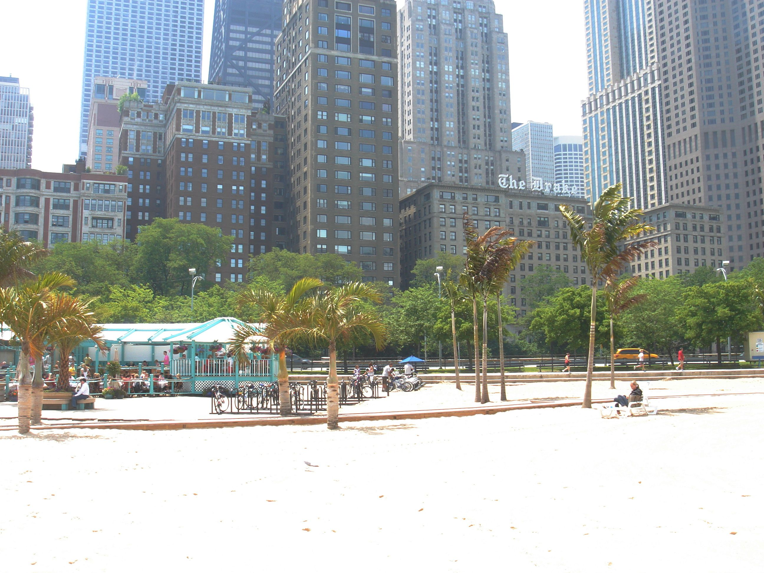 Oakstreet Beachstro Chicago, Il Beach, Travel channel