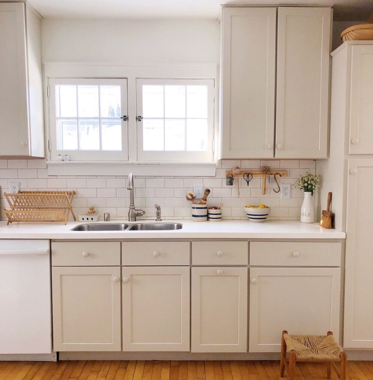 Farrow And Ball Shaded White Kitchen Cabinets - Kitchen ...