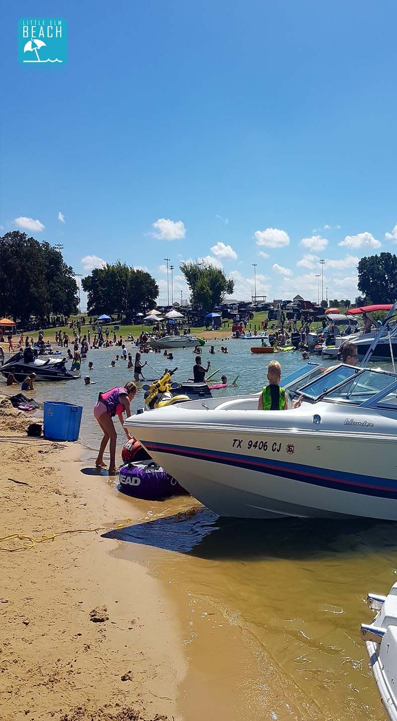 Boats Amp Jet Skis Welcome Little Elm Beach Beach Kayak Boat