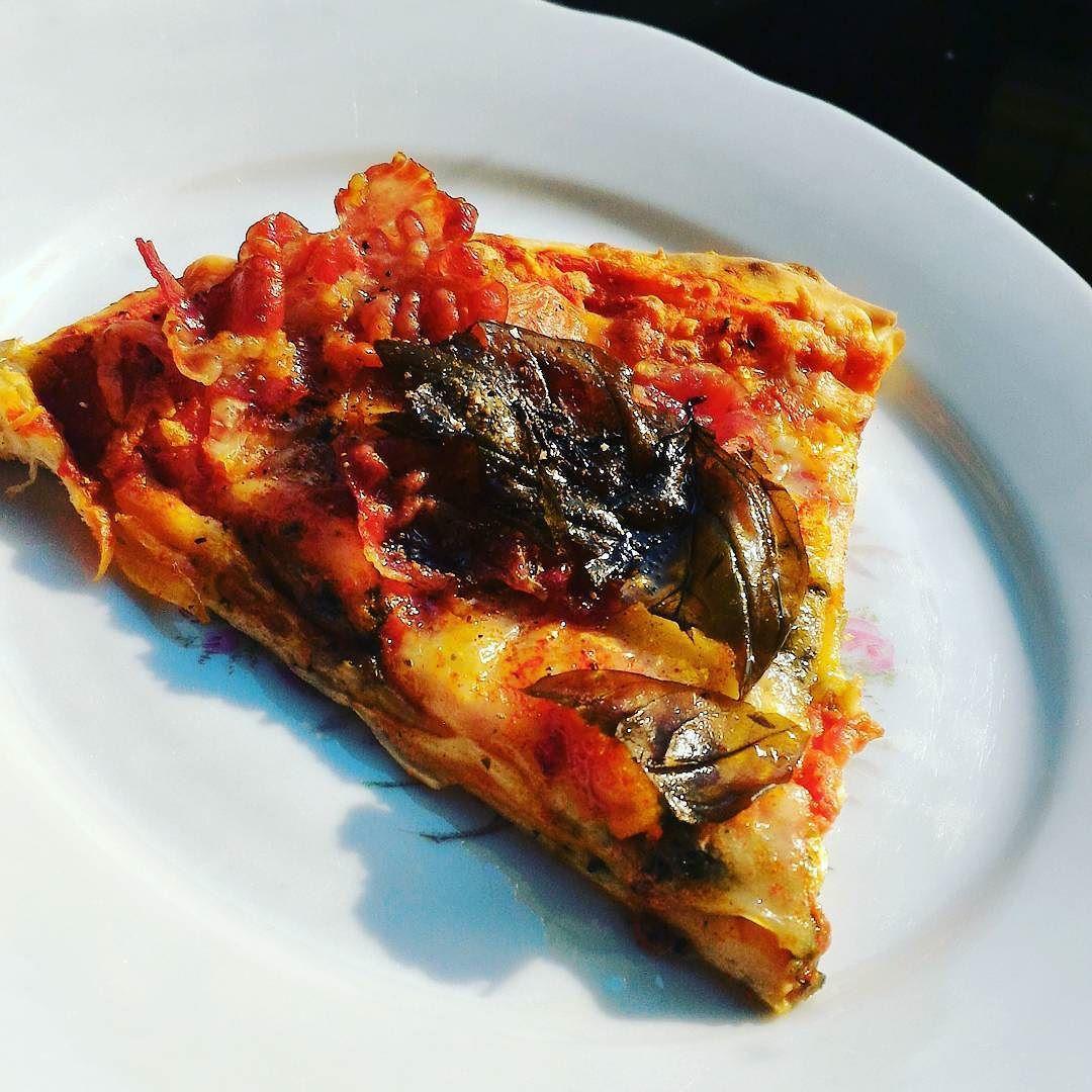 Sun is back in Scotland time for proper pizza di Monza. Fancy ricetta? Ping me in private....