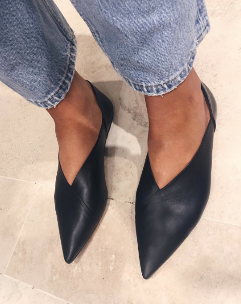 Love the shape of these shoes, although suspect they may be too angular/dramatic for me to pull off.