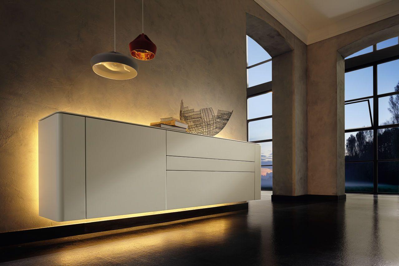 frei und schwerelos mit der einnehmenden leichtigkeit der gentis living m bel free and. Black Bedroom Furniture Sets. Home Design Ideas
