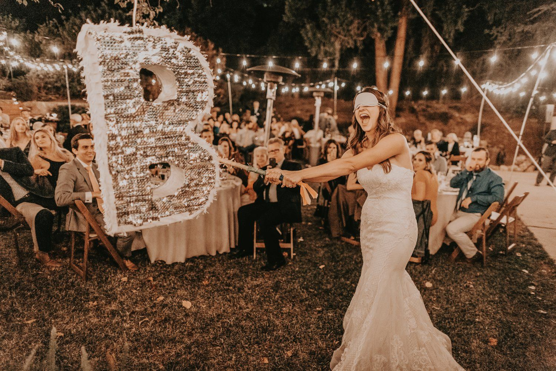 Pinata Pour Votre Mariage Pinatas Mariageoriginal Wedding Trends Wedding Pinata Wedding Gowns Mermaid