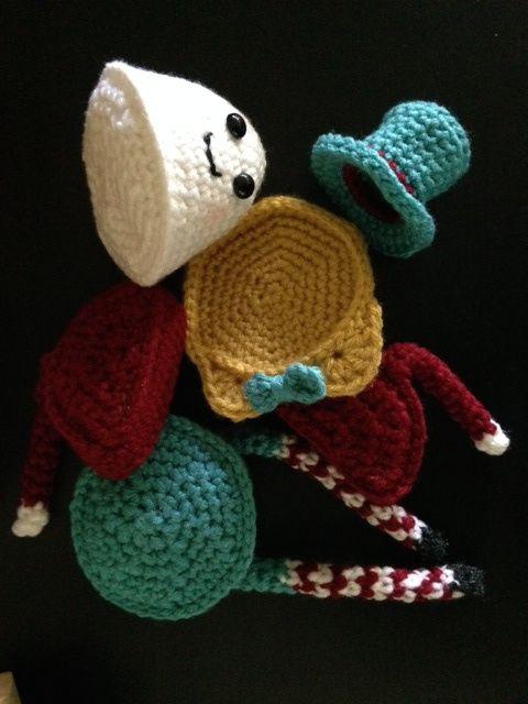 FREE PATTERN! Humpty Dumpty Puzzle Doll | Amigurumi, Häkeln baby und ...
