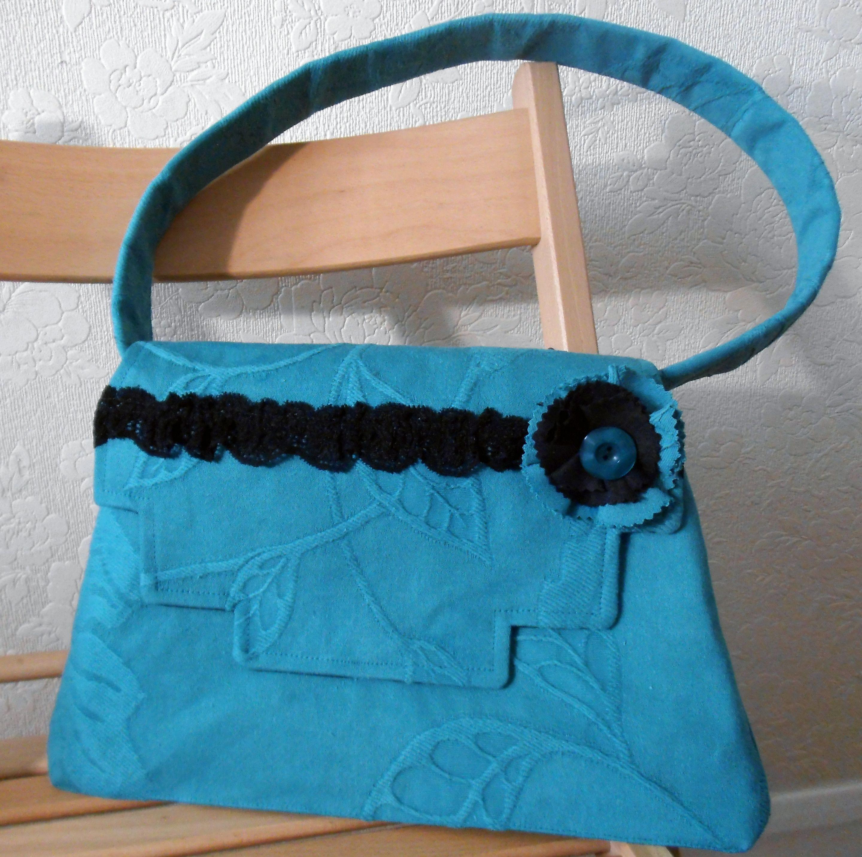 """""""Laura"""" Handbag, £28.50"""