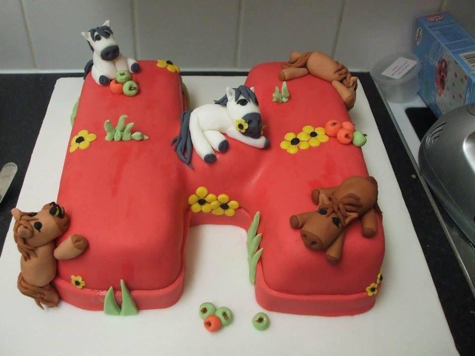 letter h and horses cake horse cake celebration cakes birthday celebration 3d cakes