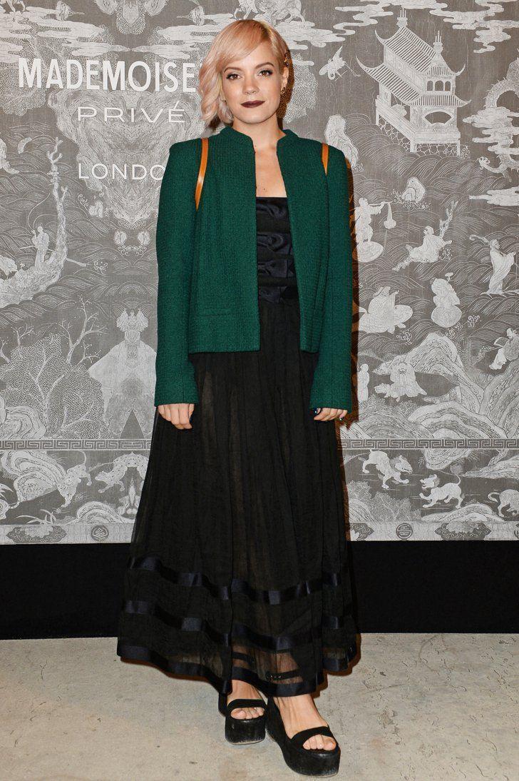 Pin for Later: Werft einen Blick hinter die Kulissen der neuen Chanel Ausstellung in London  Lily Allen