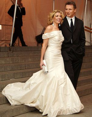 Natasha richardson and liam neeson chanel costume for Natasha richardson liam neeson wedding