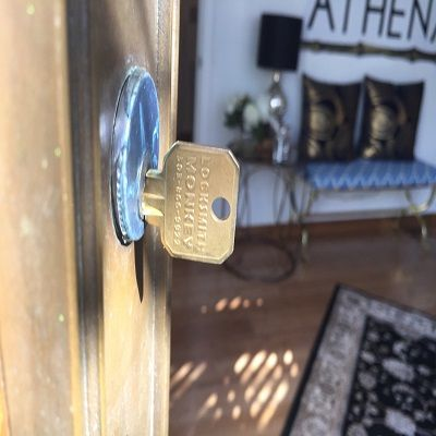 Locksmiths In Portland Oregon Or With Images Locksmith Emergency Locksmith Locksmith Services