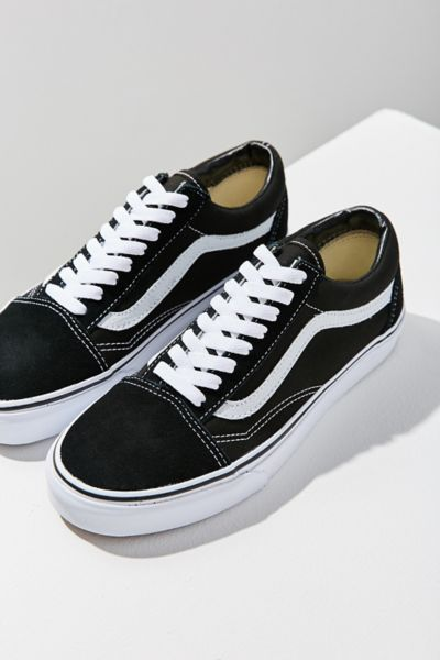 "The Old Skool is the Vans classic low top skate shoe, first to bear the iconic stripe overlay. Soft suede and canvas upper with a cushioned footbed and a padded ankle collar for added comfort. Finished with a vulcanized rubber midsole and signature waffle rubber outsole for optimal traction. California legend Vans ""Off The Wall"" remains the favorite shoemaker of skateboarders + surfers since 1966.Content + Care. Suede, Canvas, Rubber Spot clean ImportedSize + Fit. True to size"