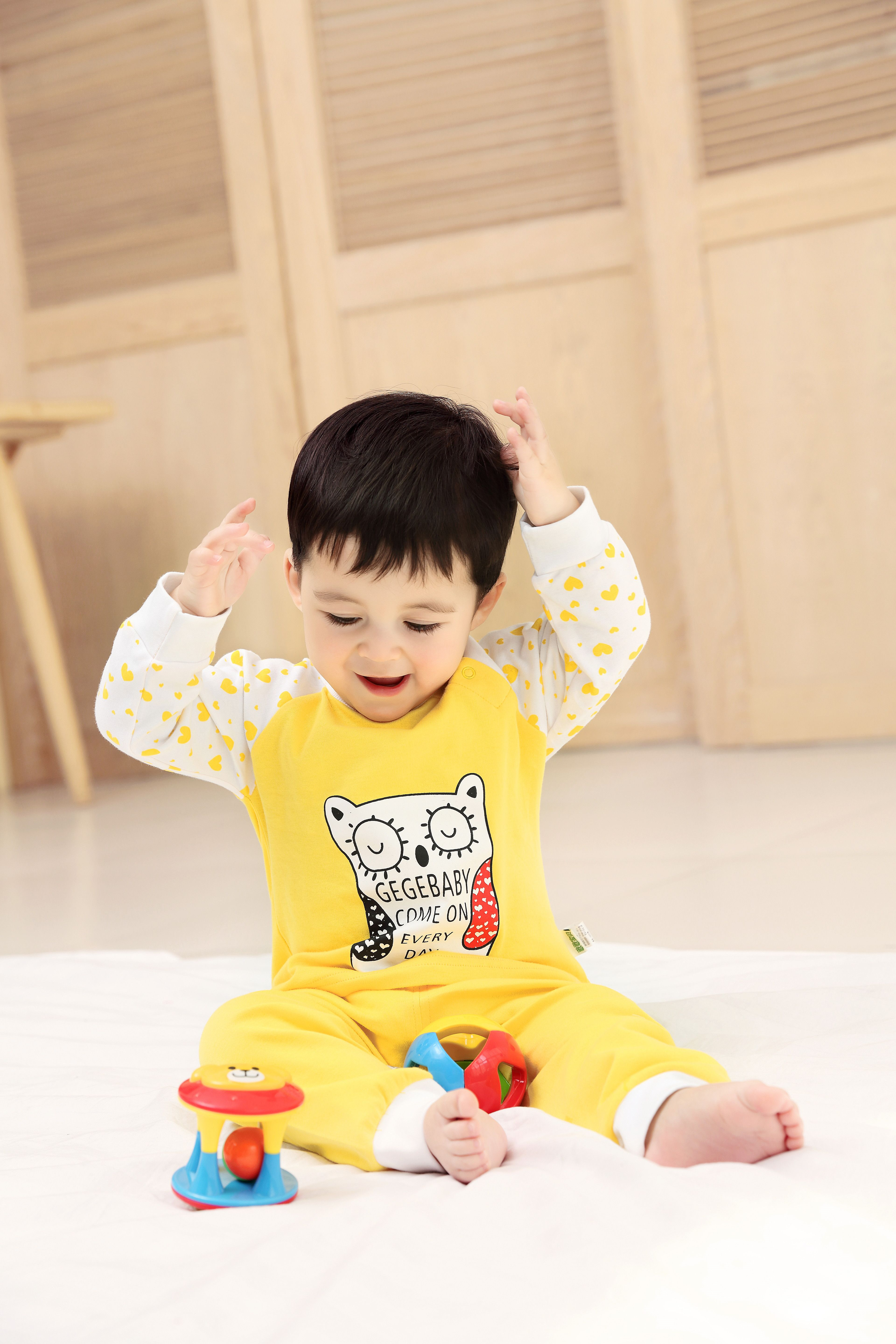2015 New Cute Fashion Spring Fall Autumn Baby Clothing Sets Uni