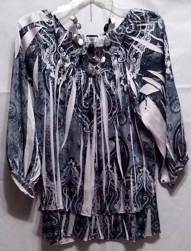CATO SIZE M POLYESTER GRAY BLACK WHITE 3/4 SLEEVES  #CATO #POLYESTERTOP #CAREERANDMORE
